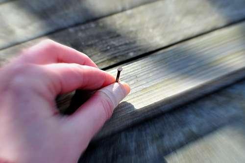 imágenes gratis mano, trabajo, clavo, clavar, tabla, madera, traba