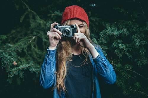 imágenes gratis Mujer tomando fotografia