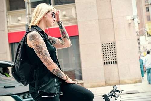 imágenes gratis Mujer en bicicleta
