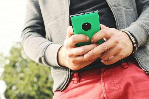 imágenes gratis Hombre con Celular