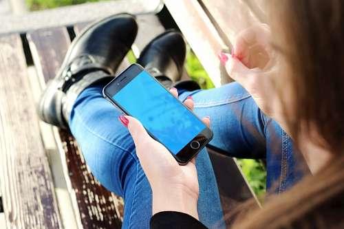 imágenes gratis Mujer con Celular Iphone 6