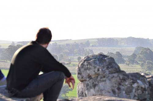 imágenes gratis Hombra mirando el horizonte