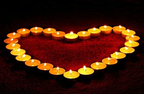 Imagenes de amor tiernas para celular Velas formando corazon