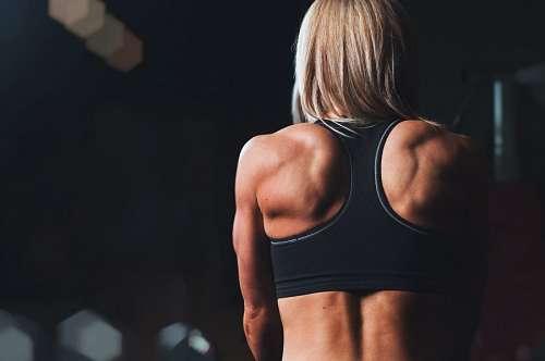 imágenes gratis Mujer en el gimnasio