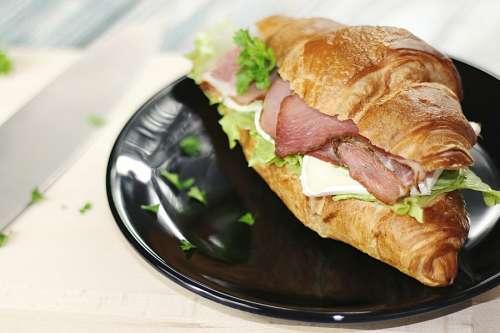 imágenes gratis Croissant con jamon y queso
