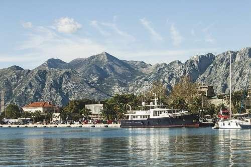 Kotor, Albania