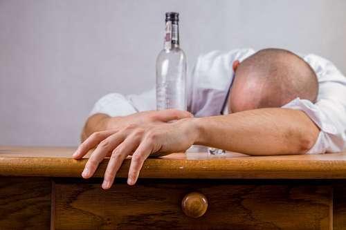 imágenes gratis alcoholismo