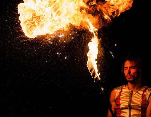 imágenes gratis Malabares con fuego
