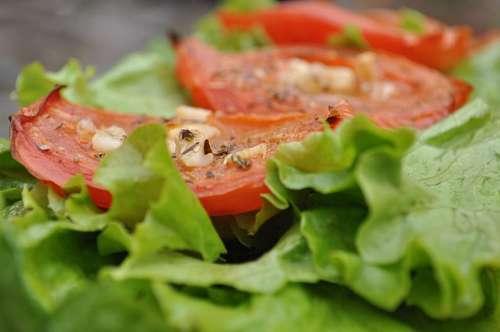 ensalada de lechuga y tomate
