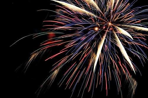 imágenes gratis Fuegos Artificiales festejando año nuevo