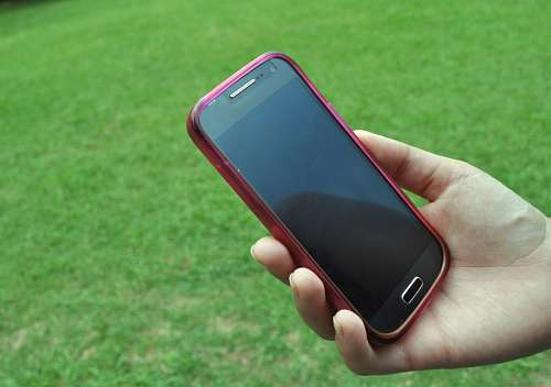 imágenes gratis Telefono Android en mano