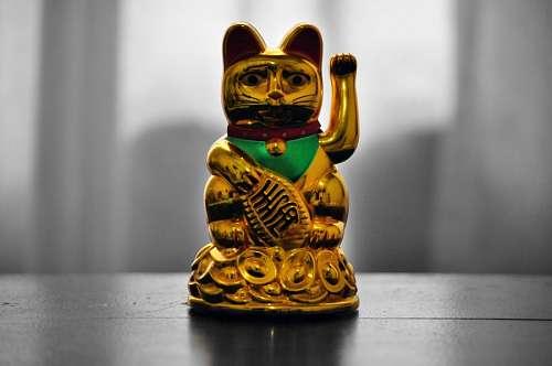 Maneki Neko, Gato de la Suerte