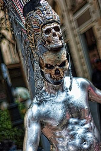 Maquillaje de calavera en el Dia de los muertos