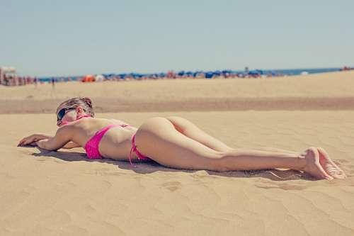 imágenes gratis Mujer tomando sol