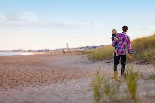 imágenes gratis Padre e hijo en la playa