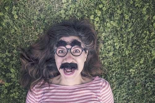 imágenes gratis Mujer con Bigotes