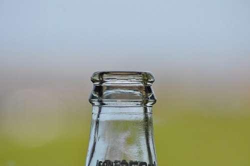 Pico de Botella de vidrio