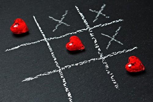 imágenes gratis Tres en raya de corazón para fondo de pantalla