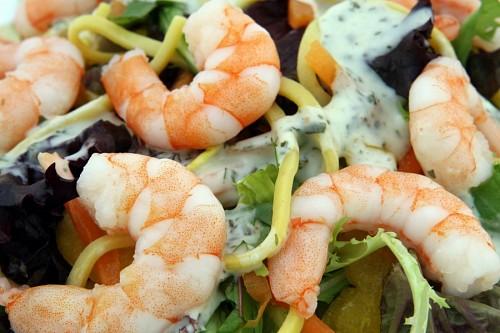 imágenes gratis Ensalada proteica de camarones