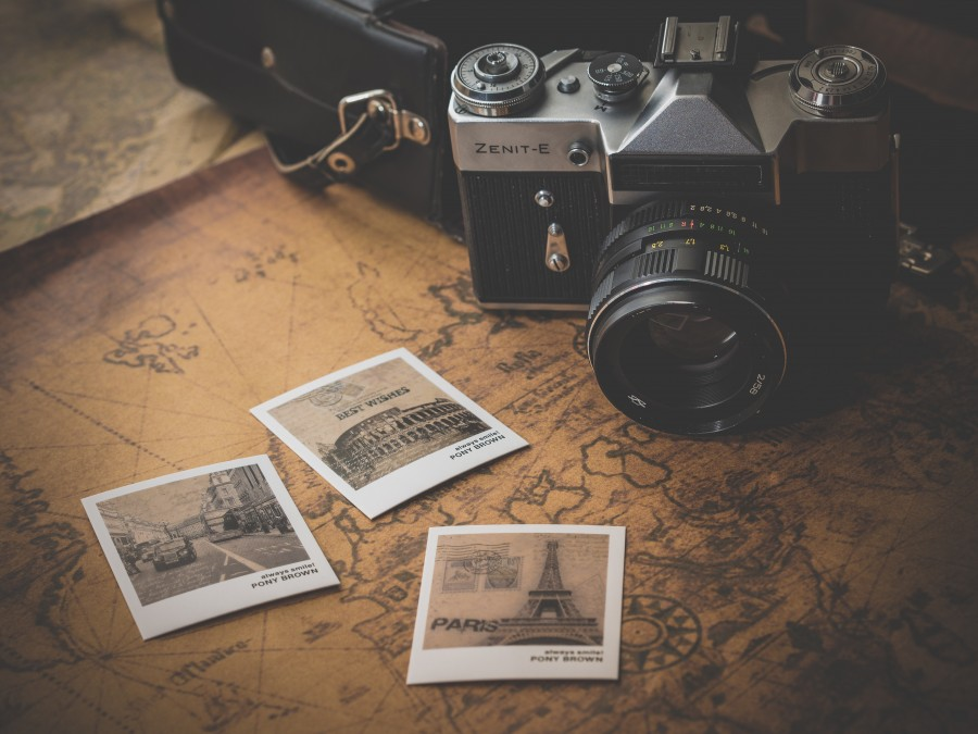viaje, vacaciones, viajar, concepto, nadie, composicion, fotografia, europa, torre eiffel, coliseo, roma, paris, vintage, camara fotografica, camara, guia de viaje,