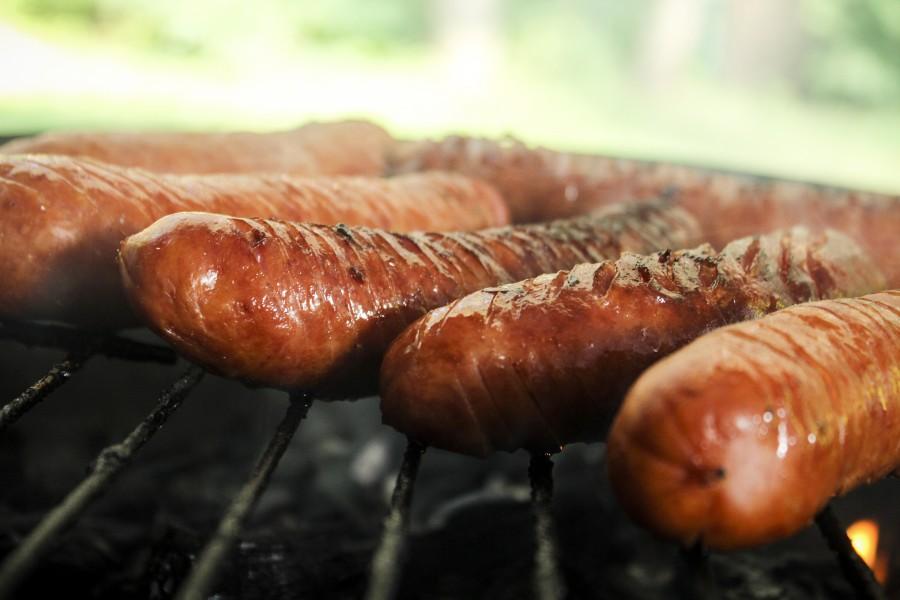 salchicha, salchichas, chorizo, parrilla, comida, concepto, nadie, embutido, primer plano, cocinar, cocinando,
