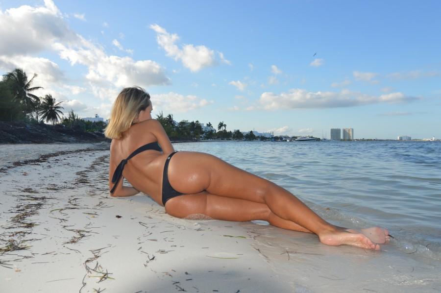 mujer, belleza, playa, verano, miami, costa, tomando sol, bronceado, femenino, joven, bikini, sensual, sexy,