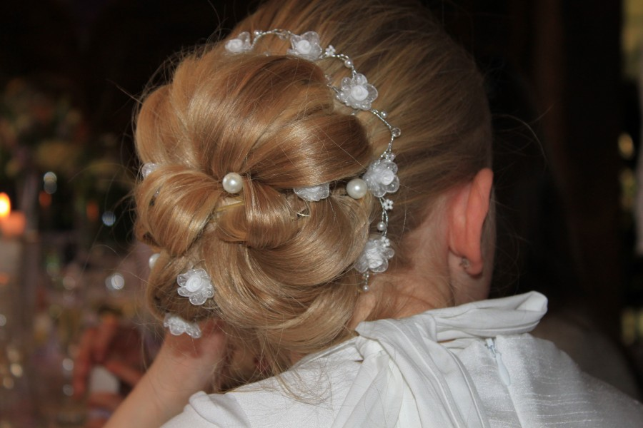 peinado, mujer, rubio, cabello, pelo, rodete, primer plano, joven, gente,