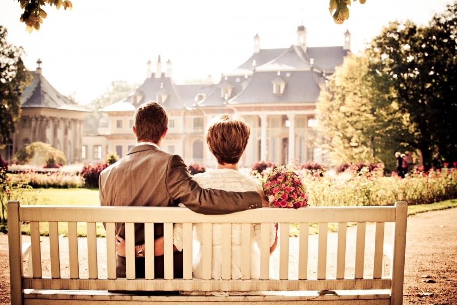 pareja, novia, el amor, de la boda, banco, resto , parque, sentados, mujer, hombre, enamorados, novios, espera, casamiento , ramo de flores