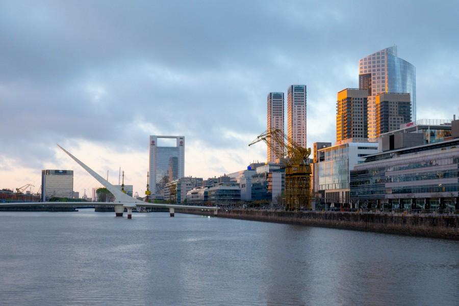 puerto madero, puente de la mujer, buenos aires, argentina, atardecer, ciudad, arquitectura,