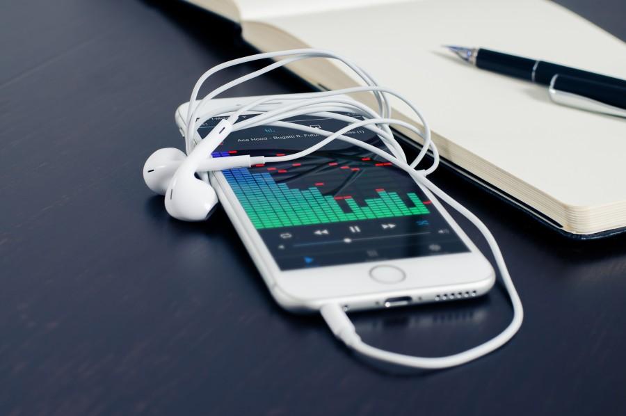 móviles, teléfono, iphone, música, tecnología, la comunicación, digitales, celular, inteligentes, negocio, smartphone, electrónica, móvil , apple, auriculares, ecualizador, spotify