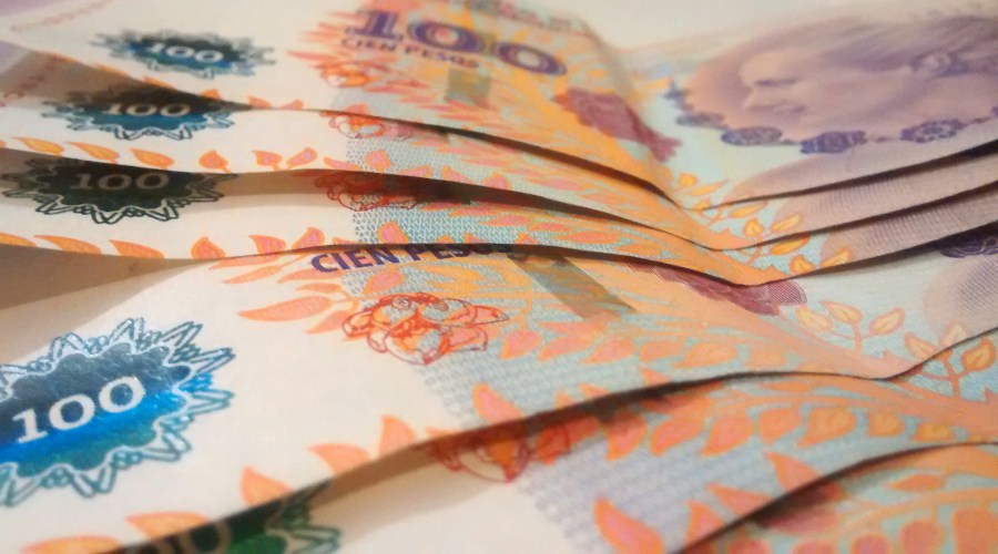Billete, Billetes, Peso, Pesos, Evita, Eva Peron, finanzas, Cien Pesos, Ahorro, dinero,