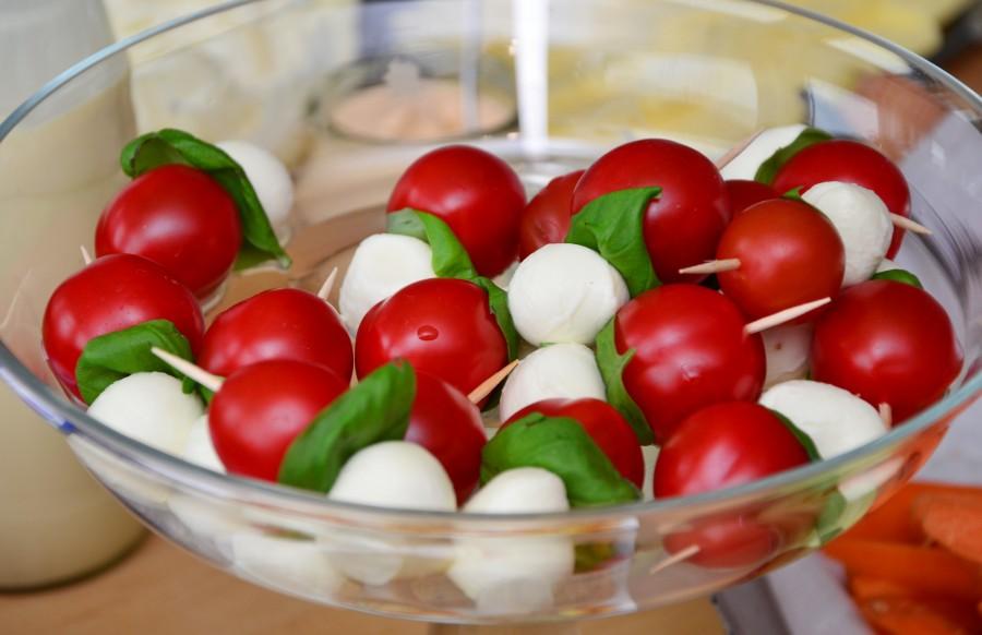 ensalada, tomate, cherry, mozzarella, queso, bowl, nutricion, comida, saludable, cocinar, primer plano, capresse, albahaca,
