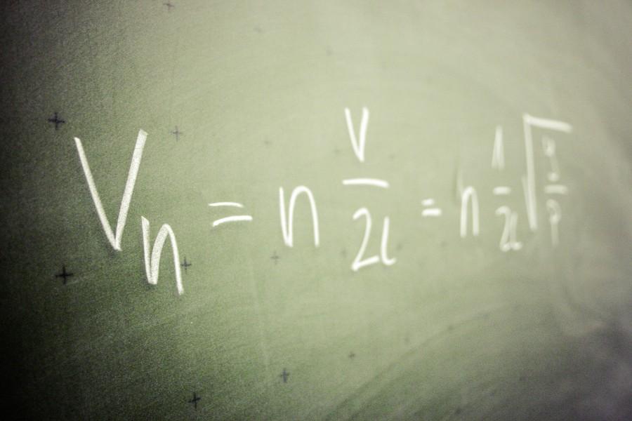 pizarron, formula, matematica, educacion, ciencia, colegio, escuela,