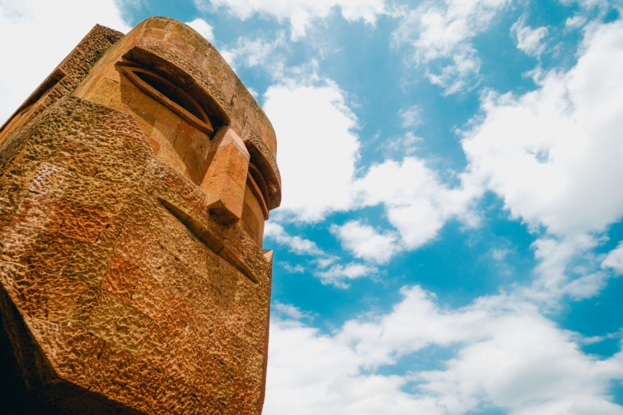 Stepanakert, Karabakh, Nagorno Karabaj, europa, cabeza, monumento, roca, totem,