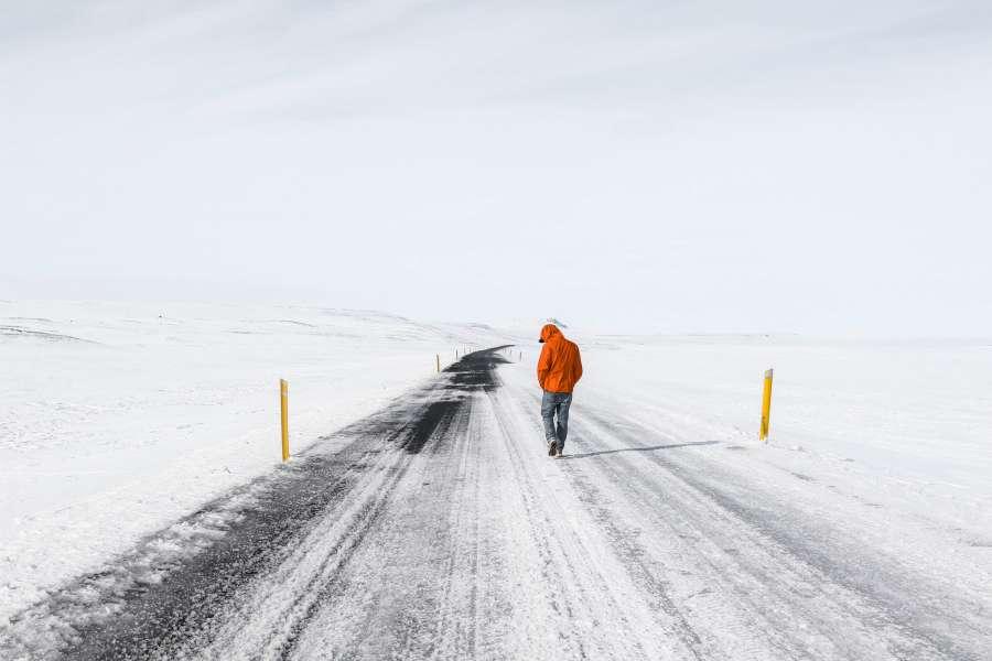 camino, nieve, hielo, arido, hombre, una persona, frio, invierno, congelado, temperatura, caminar, exterior,