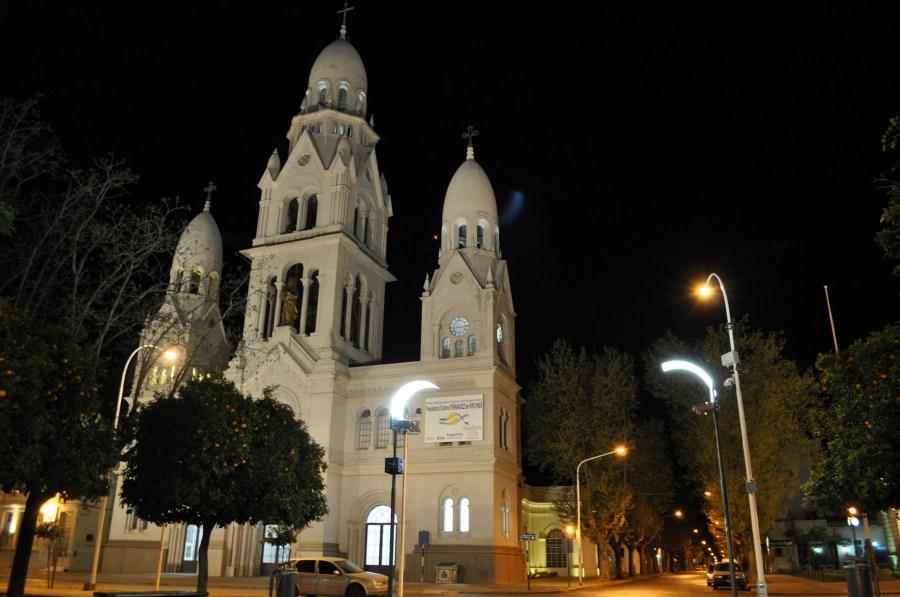 Tandil, Buenos Aires, Argentina, Iglesia, Noche, Catedral, Plaza,