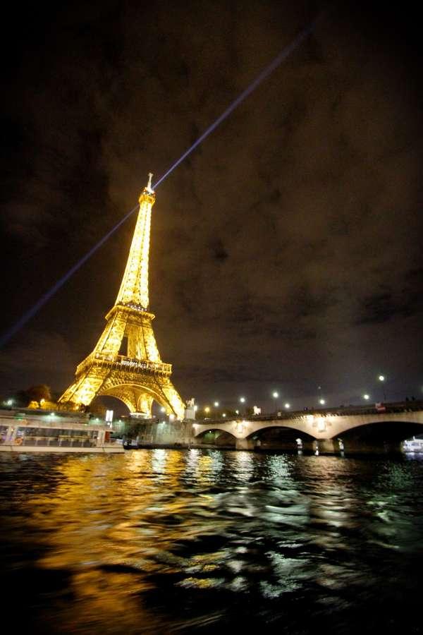 torre eiffel, noche, paris, francia, luz, iluminado, destino turistico, sitio famoso, europa, rio, sena,