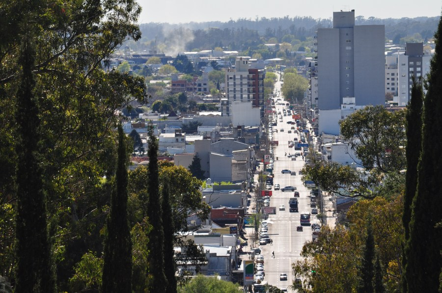 Tandil, Buenos Aires, Argentina, Calle, Avenida, Dia, Ciudad,