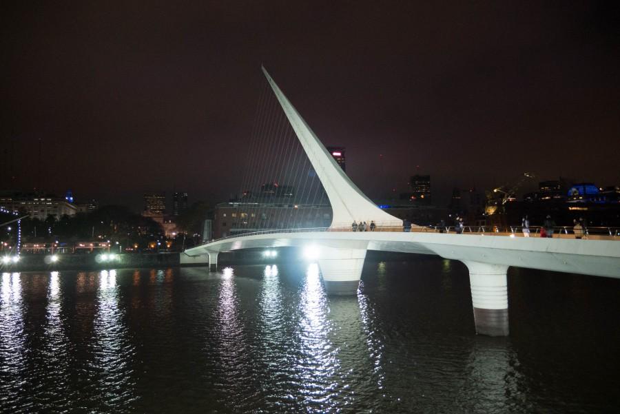 puerto madero, puente de la mujer, buenos aires, argentina, noche, ciudad, arquitectura,