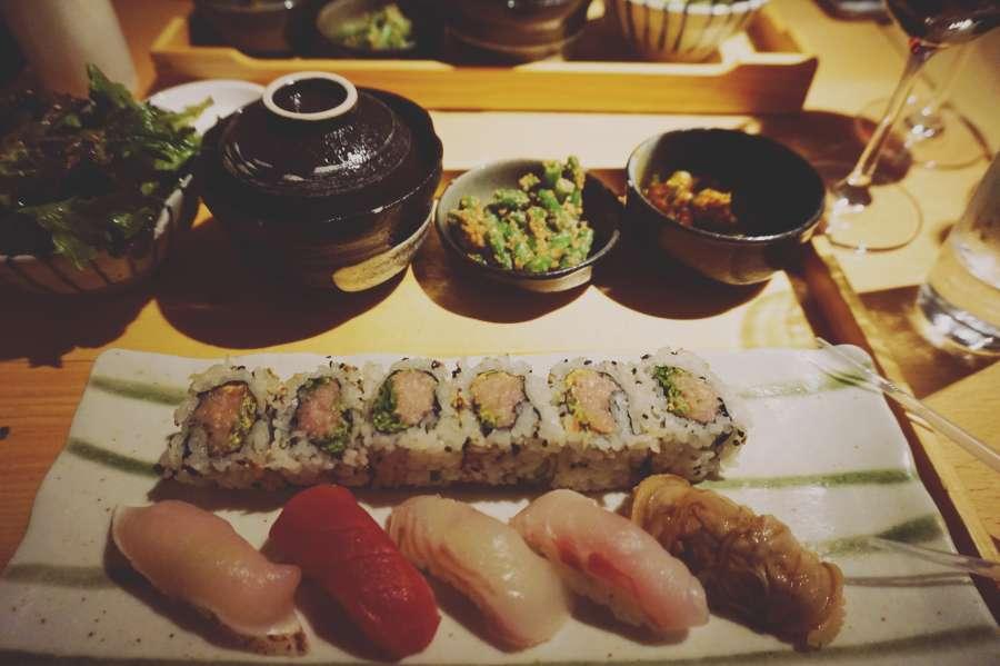 comida, sushi, mesa, japonés, mariscos, restaurante, salmón, plato, cena, crudo