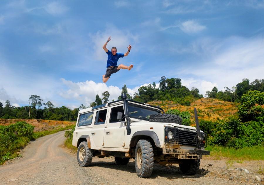 4x4, vacaciones, Transporte, Viajes, celebracion, feliz, alegria, salto, salto, hombre, del camino, vacaciones,