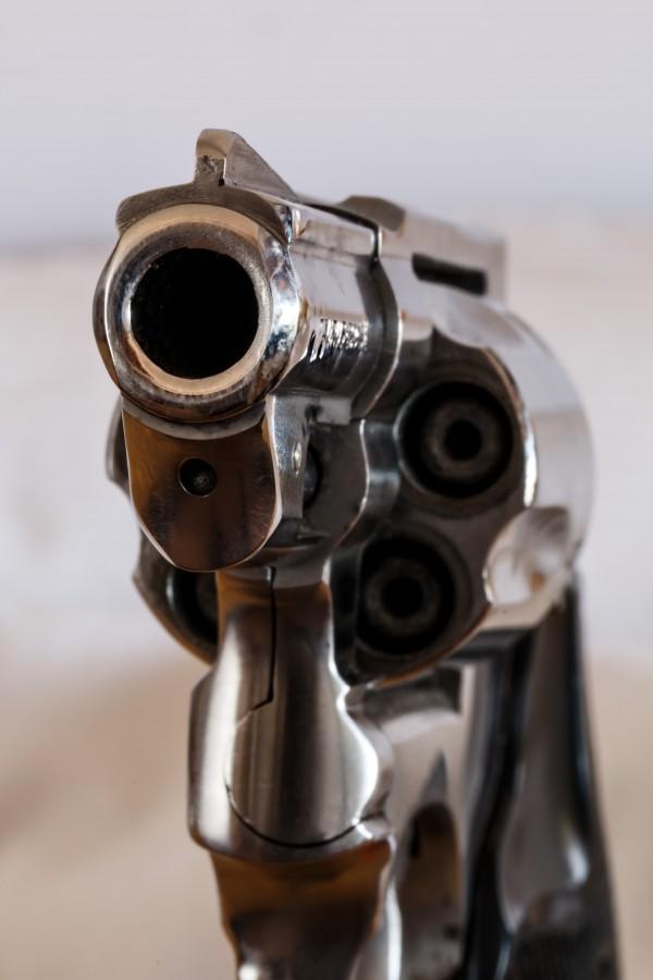 arma, revolver, peligro, metal, apuntar, apuntando,