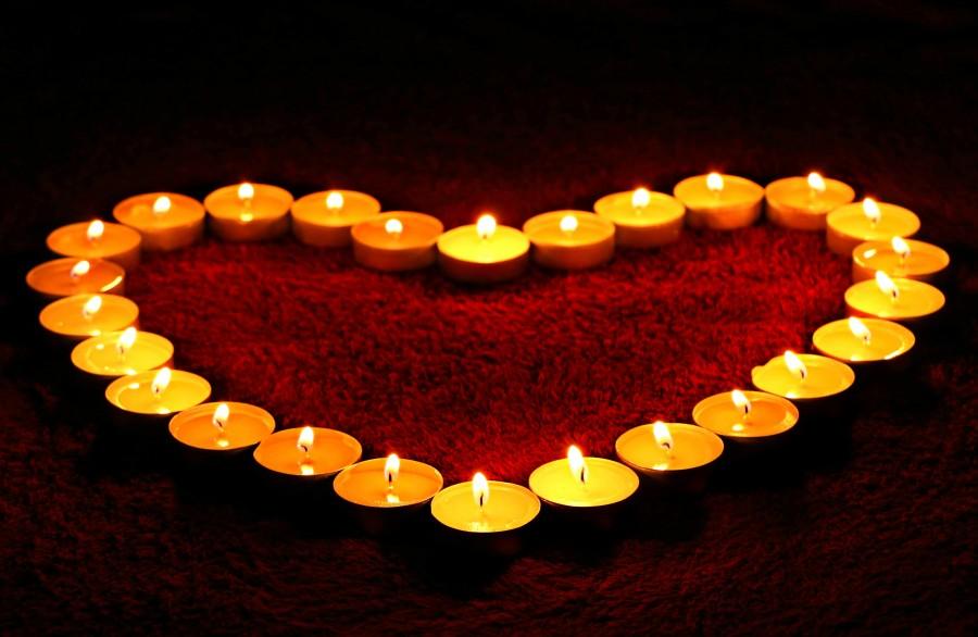 amor, enamorar, enamoramiento, enamorados, amar, amarse, corazón, rojo, fondo blanco, Imagen3s de amor, imagenes de amor, fondos de pantalla de amor, fondos de pantalla de corazon, corazones, velas, encendidas, velas formando corazon