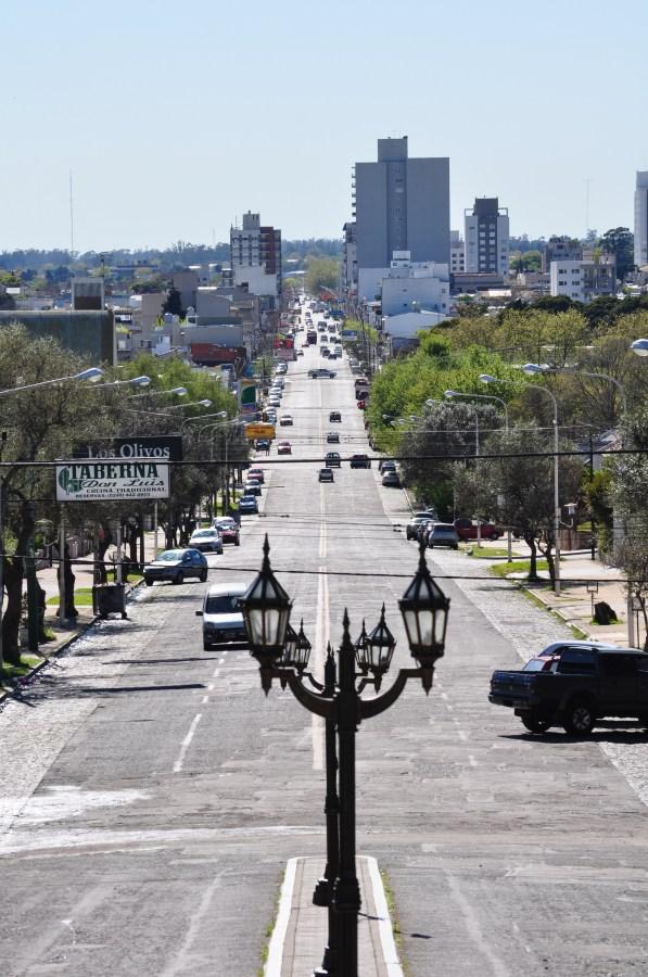 Tandil, Buenos Aires, Argentina, Avenida, Farol, Lampara, calle,