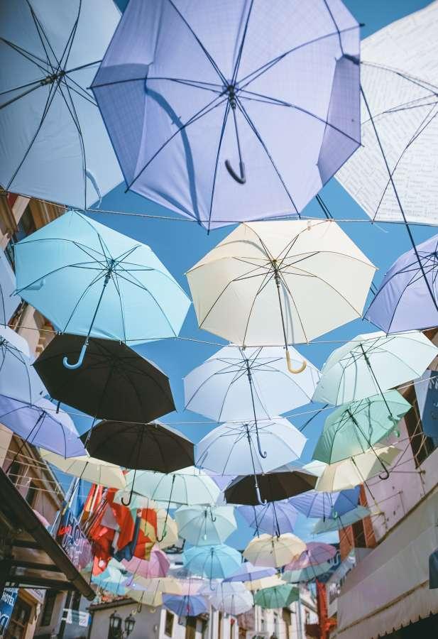 paraguas, sombrillas, calle, urbano, colorido, concepto, mucho, techo, dia, exterior,