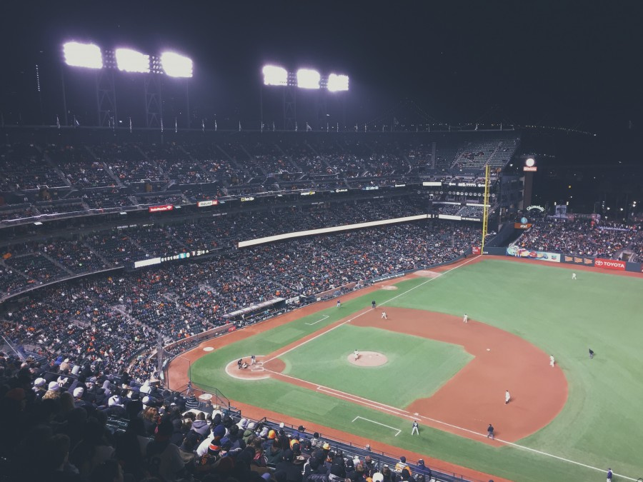 baseball, estadio, gente, multitud, luz, luces, iluminacion, partido, evento, noche, campo de juego, tribuna, fans,