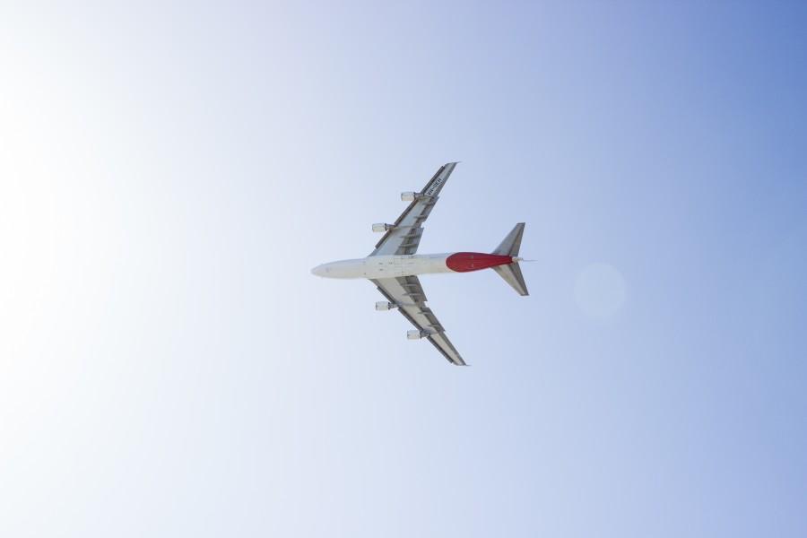 avion, comercial, volando, vista de abajo, cielo, viajar, viaje,