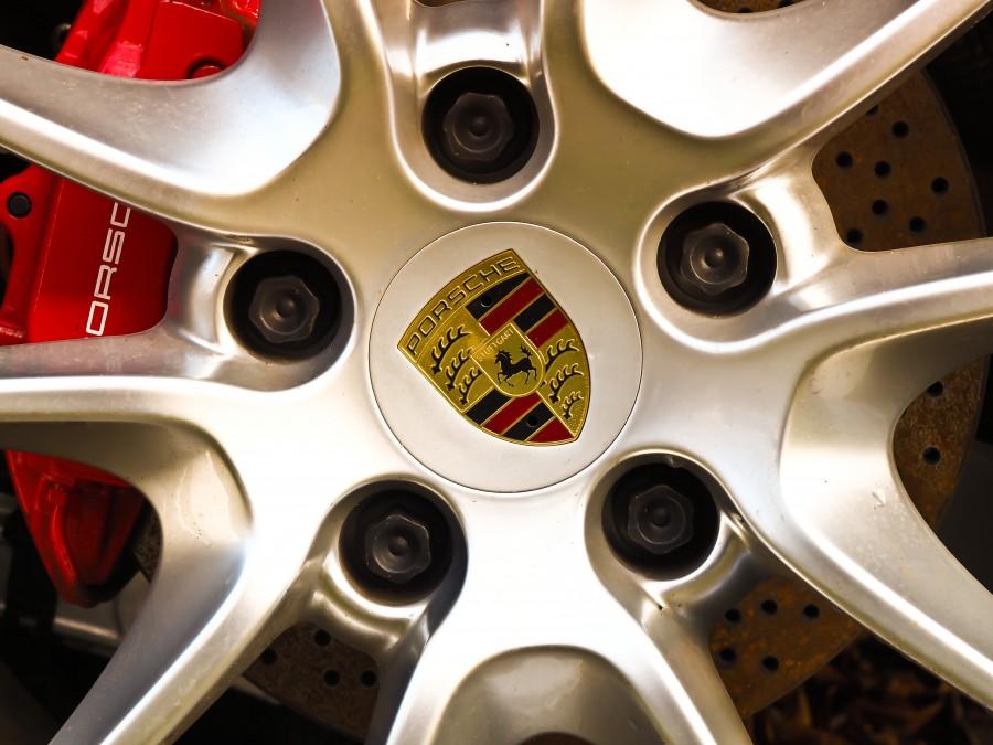 Ferrari, llanta, rueda, insignea, logo, metal, aluminio,