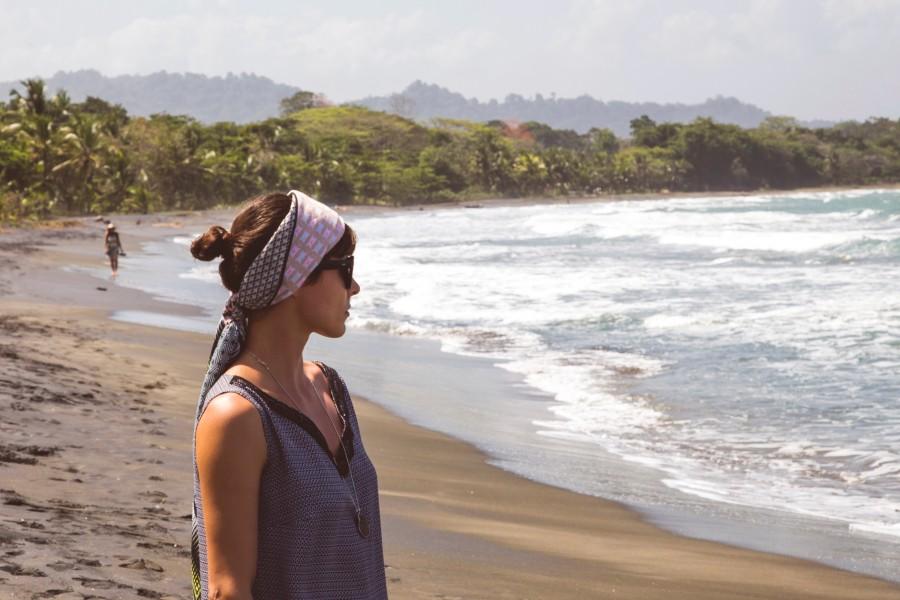 mujer, panama, playa, tropical, mirando, horizonte, vacaciones, viaje, viajar, dia, verano, joven, 20 años,