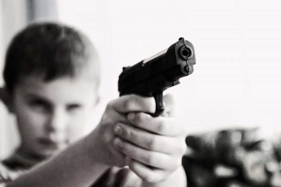 niño, arma, concepto, violencia, blanco y negro, revolver, juego, infantil, pistola